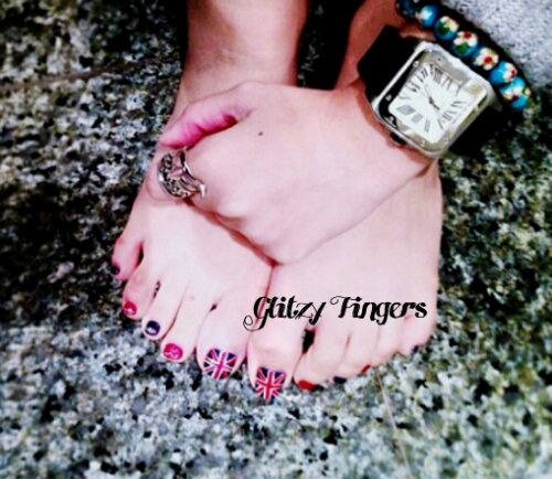 Glitzy FIngers : British Flag + Nails + SGnails + gelnails + gelish + naildesigns + shanails + pretty + glitter + black