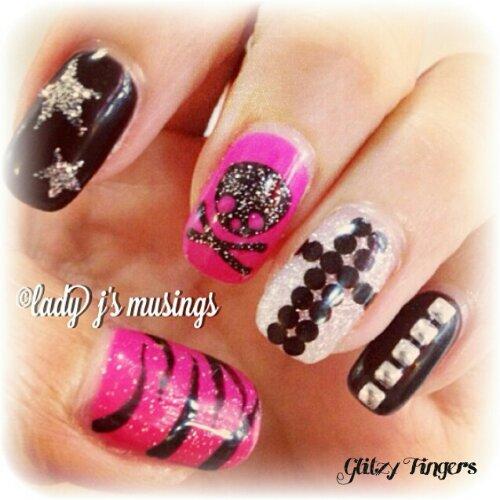 Glitzy FIngers : Skulls + Studs + Cross + Stars + Rock + Nails + SGnails + gelnails + gelish + naildesigns + shanails + pretty + glitter + black