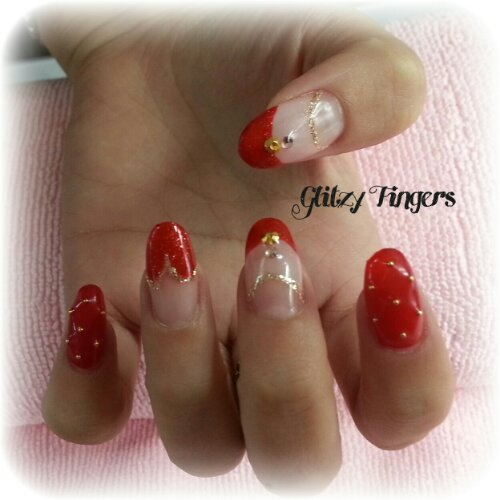 Glitzy FIngers : Manicure + Nails + SGnails + gelnails + gelish + naildesigns + shanails + pretty + glitter + red + heart tips + double french