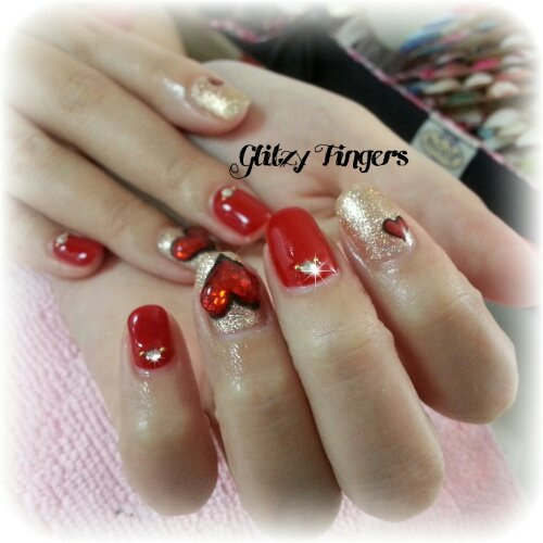 Glitzy FIngers : Nails + SGnails + gelnails + gelish + naildesigns + shanails + pretty + glitter + red + 3dnailart + hearts + jelly + embossed + acrylic