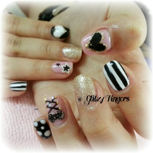 Glitzy Fingers : Chrome Hearts + Gold + Glitter + Nailart + Singapore Nails + Nail Designs + Sg nails + nail artist + gelish + gelnails + extensions + manicure + pretty nails + rock + embossed + 3d nailart + acrylic + marbling + crystals + studs + monochrome + ribbons + patterened + Stripes + stars + hearts