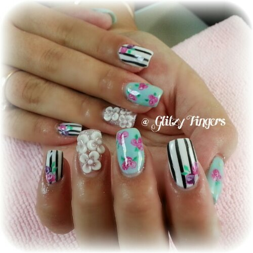 Glitzy Fingers : Daisies + Heart Tips + kath cadison + nail designs + sg nails + gelish + pretty nails + floral + glitter + cute + manicure + mint green + roses + liz lisa + stripes  + embossed + 3d + acrylic + gel + extensions