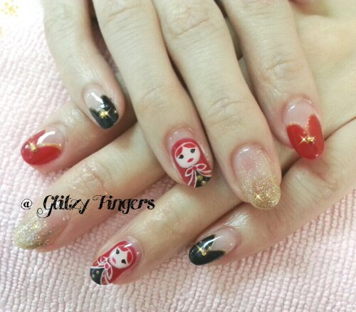 Manicure + Fairytale Nails + Girly Nails + Heart Nails + Hand drawn + Lovely Nails + Pretty Nails + Sg Nails + Nail Design + Nail love + Nail In trend + Red Riding Hood Nails + Beautiful Nails + Nail Style + Nail Pattern + Glitter Nails + Shiny Nails