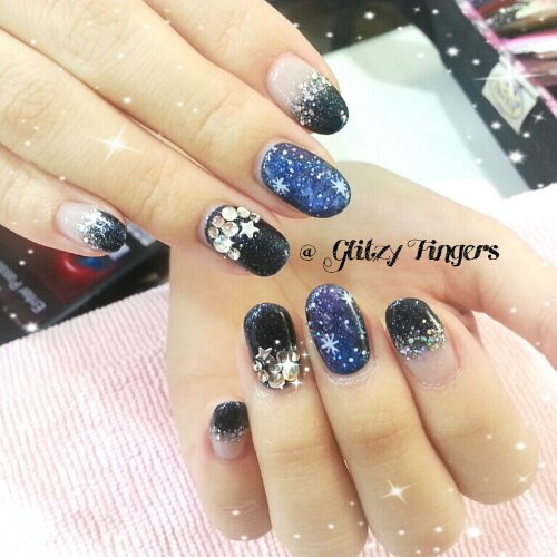 Manicure + Sparkly Nails + Gelish Nail + Nail Art + Nail Design + Blue Sparkle + Black + Black Nails + Nail Gallery + Pretty Nails + Sg Nails + Nails In Trend + Gel Art + Nail Design + Nail Pattern + Studded Design