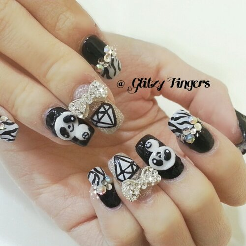 Nail designs glitzy fingers manicure black and white sg nails nail design nail art lovely prinsesfo Choice Image