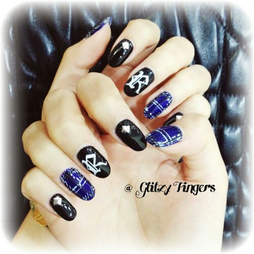 Manicure + Nail Art + Nail Design + Gel Art + Gellish Art + Sg Nails + Manicure + Hand Drawn + Hand Painted + Inspired Nails + Tartan Nail Art + Plaid Nail Art