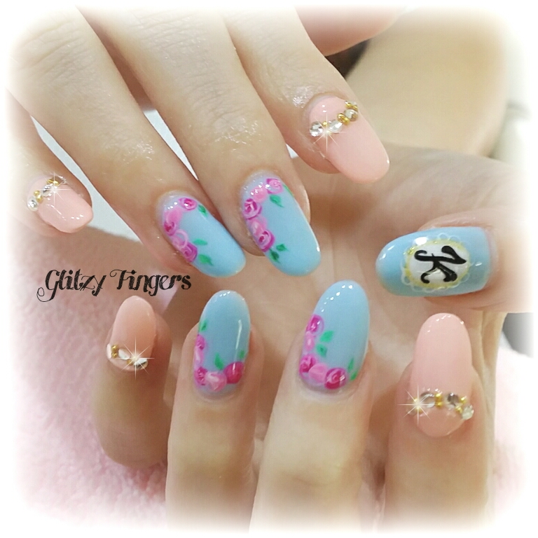 Nail art of the month glitzy fingers page 2 floral nails cute nails pretty nails nailart nail designs handdrawn prinsesfo Images