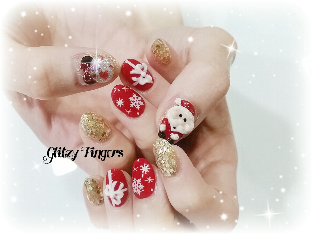 nail art nails festive nails nail of the day nail of the - Disney Christmas Nails